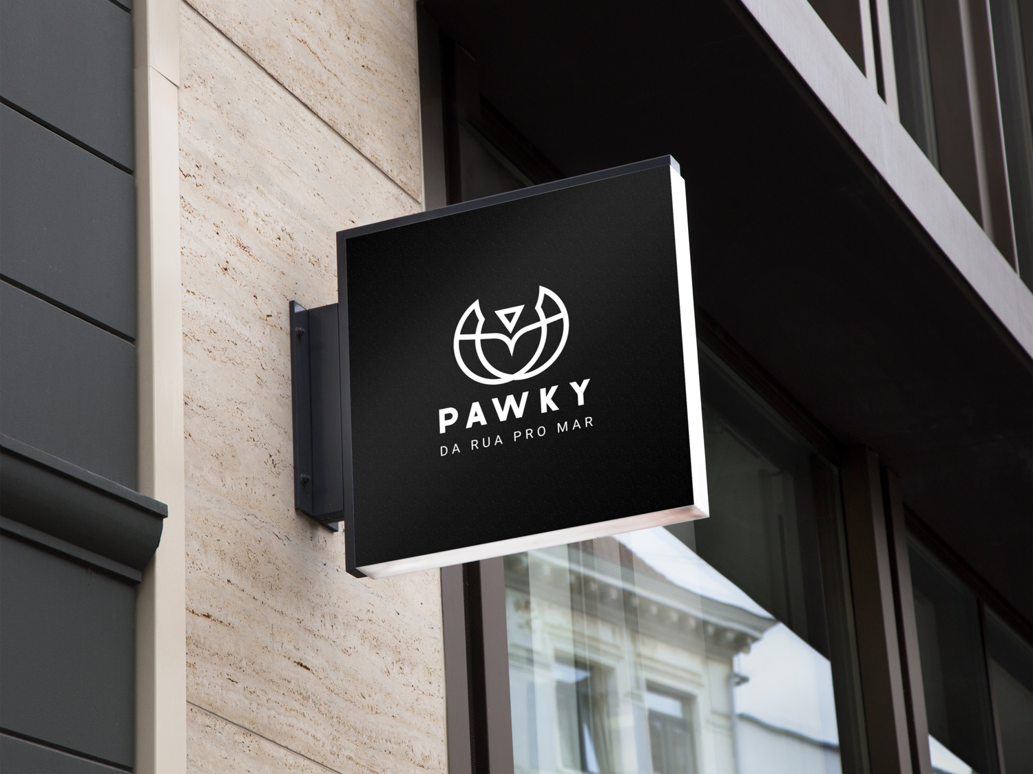 pawky-2